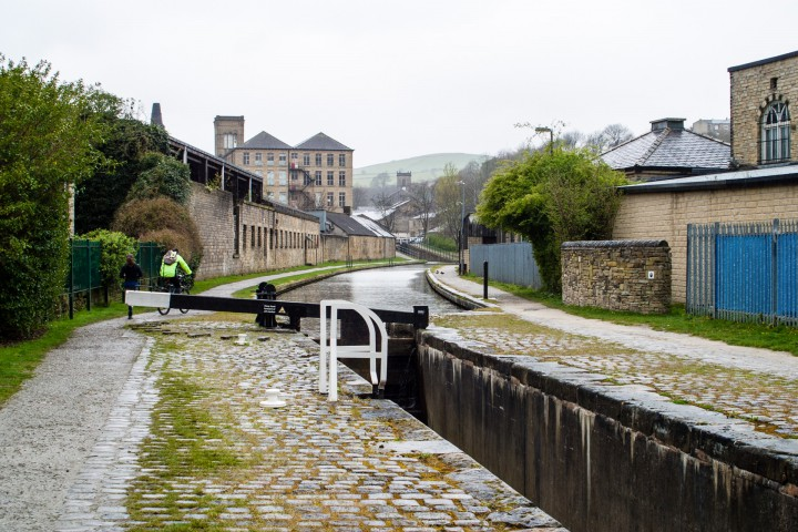 Huddersfield Narrow Canal at Slaithwaite